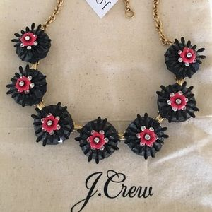 NWT J.Crew Sweet Flower Statement Necklace